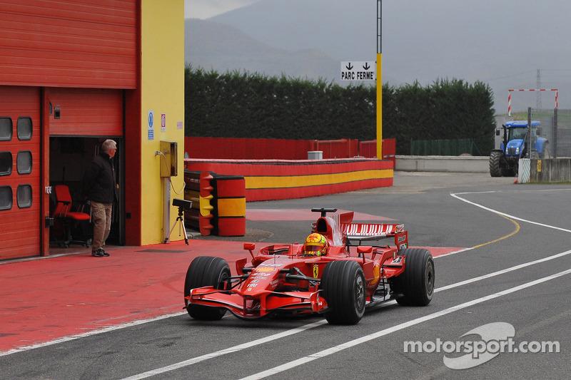 Valentino Rossi tes Ferrari F2008