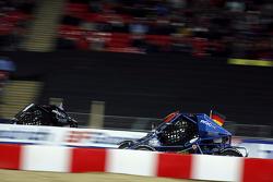 Heat, race 8: Sebastian Vettel vs Troy Bayliss