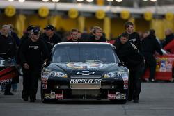Brad Keselowski, Phoenix Racing Chevrolet heads to track