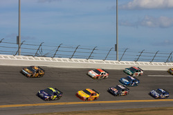 Mike Wallace, TRG Motorsports Chevrolet, David Ragan, Roush Fenway Racing Ford lead a pack of cars