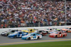 A.J. Allmendinger, Richard Petty Motorsports Dodge, Kurt Busch, Penske Racing Dodge, Carl Edwards, Roush Fenway Racing Ford