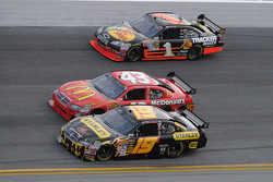Elliott Sadler, Richard Petty Motorsports Dodge, Reed Sorenson, Richard Petty Motorsports Dodge, and Martin Truex Jr.1, Jr., Earnhardt Ganassi Racing Chevrolet