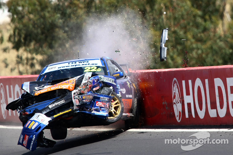 Авария: Крис Дельфсма, Дэвид Вуд, Гэри Тьерни, WBR Subaru Impreza WRX Sti