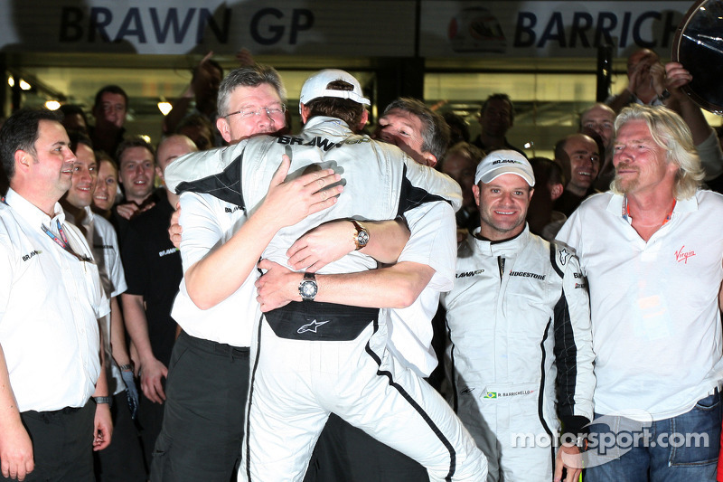 Ross Brawn Brawn GP Team Principal, Jenson Button, Brawn GP, Nick Fry, BrawnGP, Chief Executive Offi