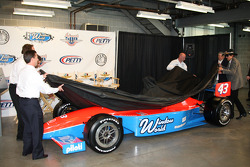 Dennis Reinbold, Robbie Buhl, John Andretti and Richard Petty unveil the No. 43