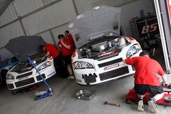 Speedcar Series engineers at work
