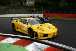 #92 JMW Motorsport Ferrari F430 GT: Robert Bell, Gianmaria Bruni; #41 G.A.C. Racing Team Zytek 07S - Zytek: Karim Ojjeh, Claude-Yves Gosselin, Philipp Peter