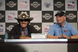 Richard Petty, Richard Petty Motorsports, Todd Whitworth, Window World