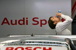 Katherine Legge, Audi Sport Team Abt, Portrait, drinking some Red Bull