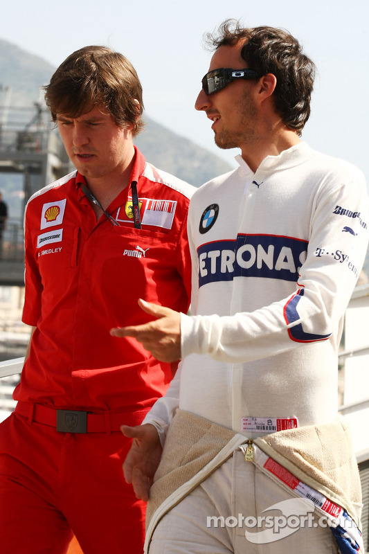 Rob Smedly, Scuderia Ferrari, Track Engineer of Felipe Massa and Robert Kubica, BMW Sauber F1 Team