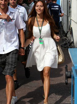Jenson Button's girlfriend Jessica Michibata