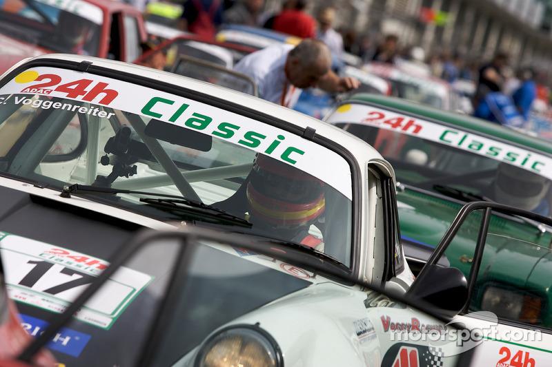 #17 Porsche 911 RSR: Charles Voggenreiter