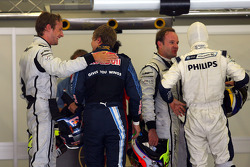 Jenson Button, Brawn GP with Sebastian Vettel, Red Bull Racing who gets pole position