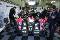 #35 OAK Racing Pescarolo Mazda: Matthieu Lahaye, Karim Ajlani, Guillaume Moreau in the garage