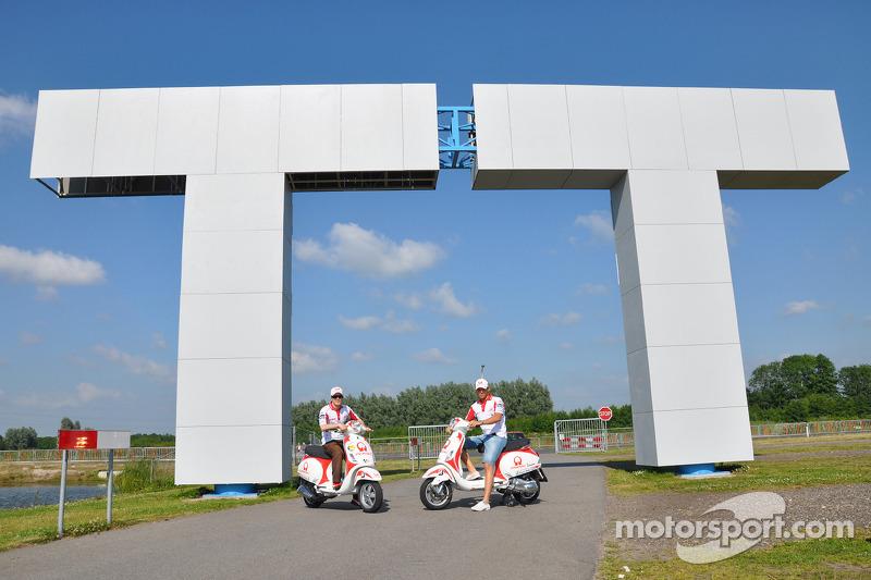 Mika Kallio, Pramac Racing y Niccolo Canepa, Pramac Racing visita museo y pista de TT Assen