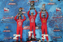 Podium: race winner Scott Dixon, Target Chip Ganassi Racing,Dario Franchitti, Target Chip Ganassi Racing and Graham Rahal, Newman/Haas/Lanigan