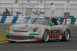 La Porsche GT3 N°87 : Leh Keen, Dirk Werner