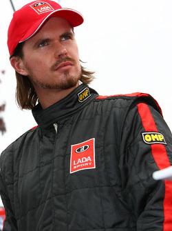 New driver for Lada: James Thompson drives the new Lada Priora