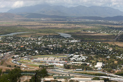 General view of the Townsville street circuit from Castle Hill