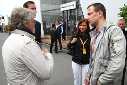 Felix Sturm and his wife talking with Keke Rosberg