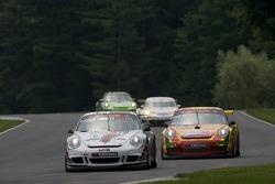 #57 Snow Racing Porsche 911 GT3 Cup: Martin Snow, Melanie Snow, #36 Gruppe Orange Porsche 911 GT3 Cup: Wesley Hoaglund, Bob Faieta