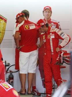 Michael Schumacher, Test Driver, Scuderia Ferrari weighs himself, Luca Badoer, Scuderia Ferrari