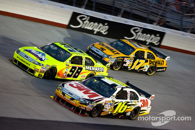 Greg Biffle, Roush Fenway Racing Ford, Paul Menard, Yates Racing Ford, Matt Kenseth, Roush Fenway Racing Ford