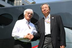 Bernie Ecclestone, FOM, met Mr Hiroshi Oshima, President Mobilityland Corporation