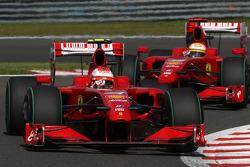Kimi Raikkonen, Scuderia Ferrari, Luca Badoer, Scuderia Ferrari