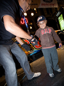 Crescent Street Ford Racing Festival: a young fan at the pit stop competition