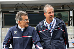 Dr. Mario Theissen, BMW Sauber F1 Team, BMW Motorsport Director with Dr. Klaus Draeger