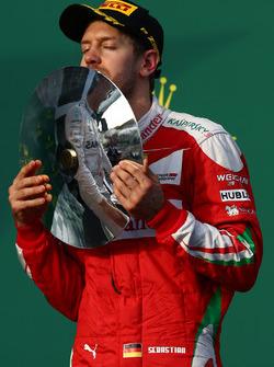 Podio: terzo, Sebastian Vettel, Ferrari