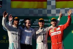 Подиум: победитель - Нико Росберг, Mercedes AMG F1 Team, второе метсто - Льюис Хэмилтон, Mercedes AMG F1 Team, третье место - Себастьян Феттель, Ferrari
