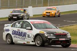 Graeme Muir, Jamie Hodgson, Geoffrey Kite, Holden VE-HSV GTS