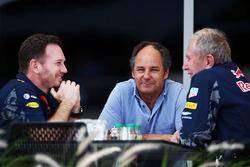 Christian Horner, jefe de equipo de carreras de Red Bull con Gerhard Berger y Dr Helmut Marko, Red Bull Motorsport Consultor