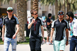 Nico Hulkenberg, Sahara Force India F1, Will Hings, Sahara Force India F1 Press Officer and Sergio Perez, Sahara Force India F1