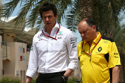 Toto Wolff, Mercedes GP Executive Director and Frederic Vasseur, Renault Sport F1 Team Racing Director