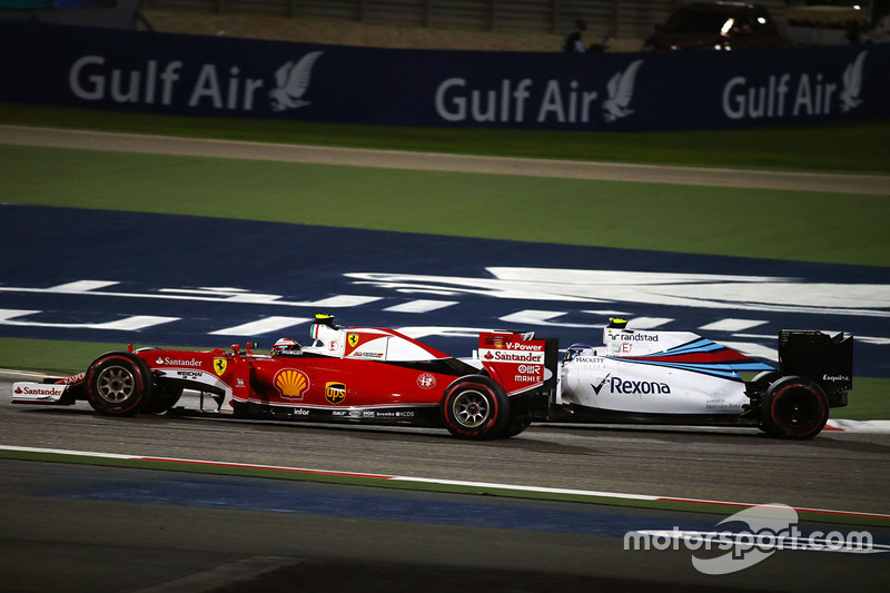 Kimi Raikkonen, Ferrari SF16-H and Valtteri Bottas, Williams FW38