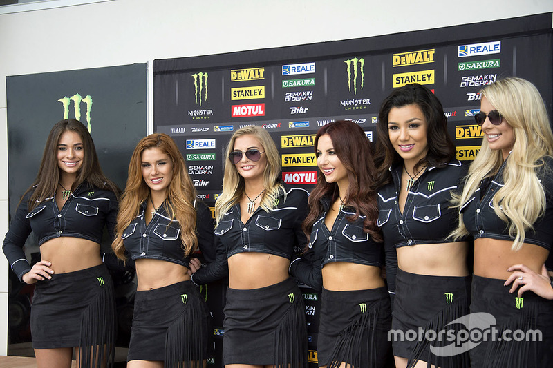 Chicas Monster