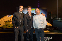 Cyril Abiteboul, Renault Sport F1 Managing Director, Kenneth Ma, FRD Founder and Frederic Vasseur, Renault Sport F1 Team Racing Director