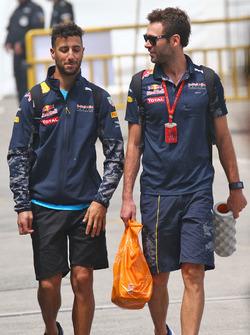 Daniel Ricciardo, Red Bull Racing mit Sam Village, Red Bull Racing Personal Trainer