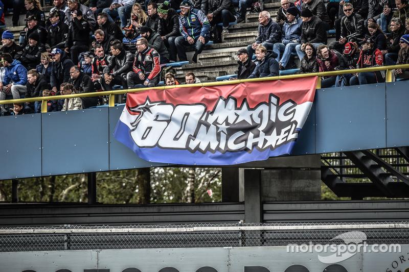 Los fans de Michael van der Mark