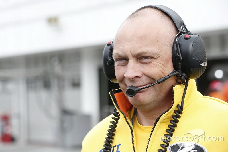 Виктор Шаповалов, менеджер команды Lada Sport Rosneft
