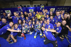 Winner Valentino Rossi, Yamaha Factory Racing, second place Jorge Lorenzo, Yamaha Factory Racing celebrates with the team