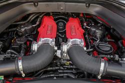 Ferrari California T HS, Motor