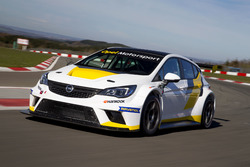 Tracktest: Opel Astra TCR