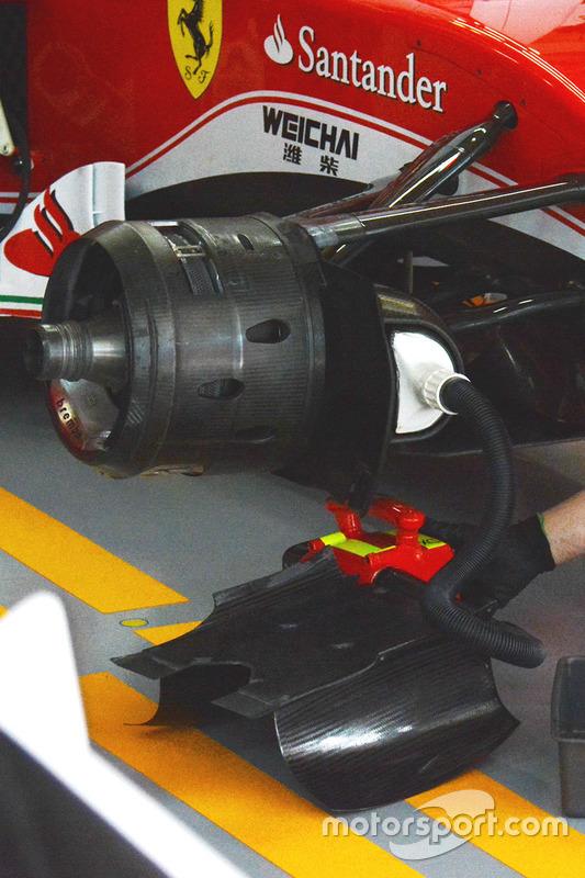 Часть машины Ferrari SF16-H