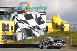 #36 bigFM Racing Team Schテシtz Motorsport, Porsche 911 GT3 R: Marvin Dienst, Christopher Zanella