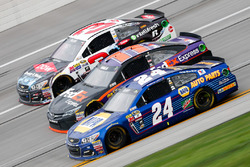 Austin Dillon, Richard Childress Racing Chevrolet, Denny Hamlin, Joe Gibbs Racing Toyota, und Chase Elliott, Hendrick Motorsports Chevrolet
