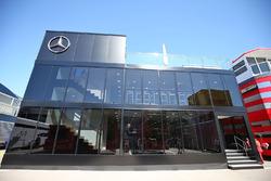 Mercedes AMG F1-Motorhome